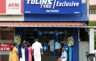 Tolins Exclusive Shop Irumpanam
